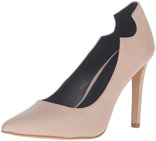 41ajIS6yufL Classic pump silhouette with cutouts at counter Pointed toe