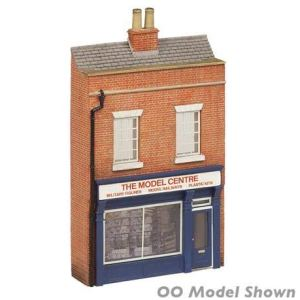 Graham Farish 42-275 Scenecraft Low Relief Model Shop (Pre-Built) 41gVXBGjHzL