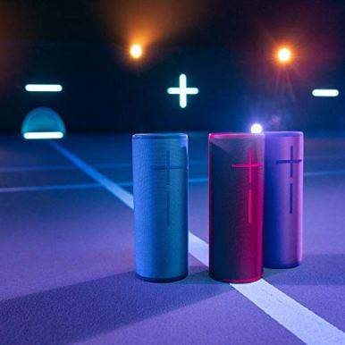 Ultimate-Ears-Megaboom-3-Enceinte-sans-Fil-Portable-Bluetooth-Basses-Profondes-Bouton-de-Controle-Facile-Etanches-Flottante-Connexion-Multiple-Batterie-Longue-Duree-20h-Violette