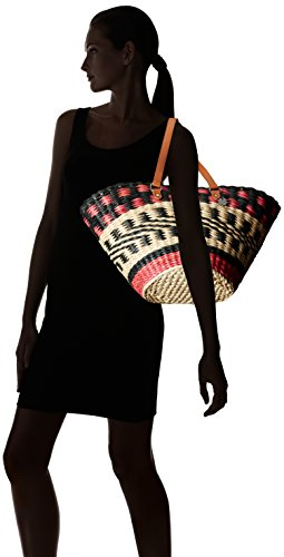 41qGc8pTBgL Woven basket tote in geometric pattern featuring complementary leather handles with metallic hardware Round bottom Pockets: 1 interior zip
