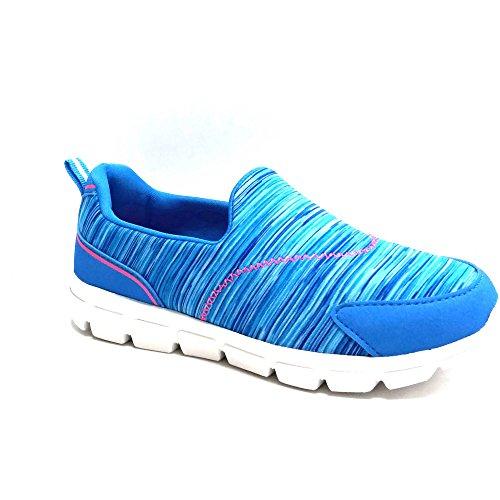 Danskin Now Girls' Memory Foam Slip-on Athletic Shoes 4 kids, Blue)