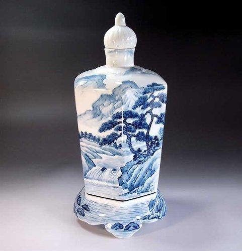 Arita - Imari   vase pottery , agarwood pot   luxury gifts   gift   gifts   Souvenirs   Sometsuke landscape painting Fujii NishikiAya