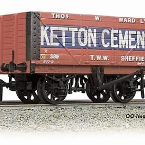 8 Plank End Door Wagon 'Ketton Cement' – Weathered 51ROlPfW3sL