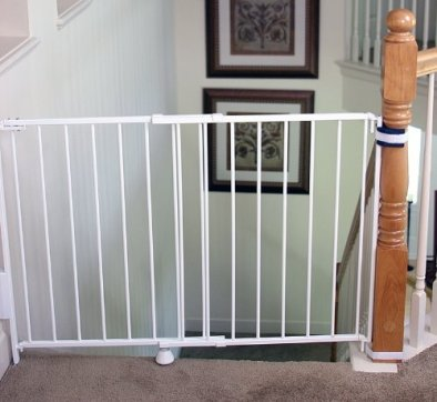 Round posts or banisters on one side or both sides