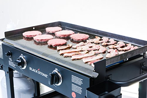 Blackstone-Outdoor-Flat-Top-Gas-Grill-Griddle-Station