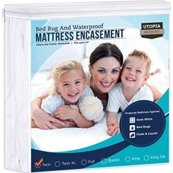 Utopia Bedding Zippered Mattress Encasement – Waterproof Mattress Protector (Twin)