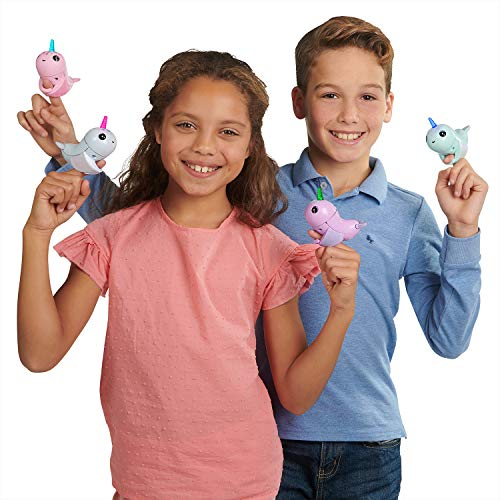 WowWee-Fingerlings-Light-Up-Narwhal-Nori-Blue-Friendly-Interactive-Toy