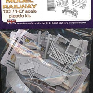 Dapol OO Gauge C018: Kiosk and Steps Kit 51sDbt2RxdL