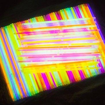 Glow Sticks Jewelry Bulk Party Favors 300pk – 8″