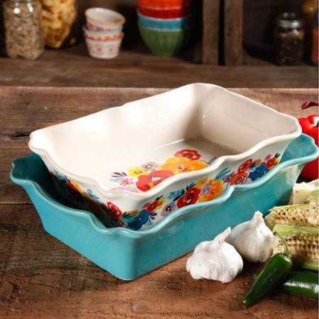 The Pioneer Woman 9 Inch Ruffle Top Ceramic Pie Pan
