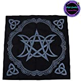 UNVT.MCDWbb 1 pc Altar Tarot Tablecloth Triple Goddess with Pentagram, Black Divination Cloth, Black Pagan Altar Tablecloth 19.3x19.3Inch/49x49cm A