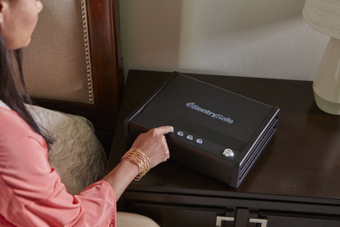 How to choose the best biometric gun safe?