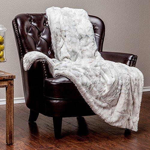 Chanasya Faux Fur Throw Blanket   Super...