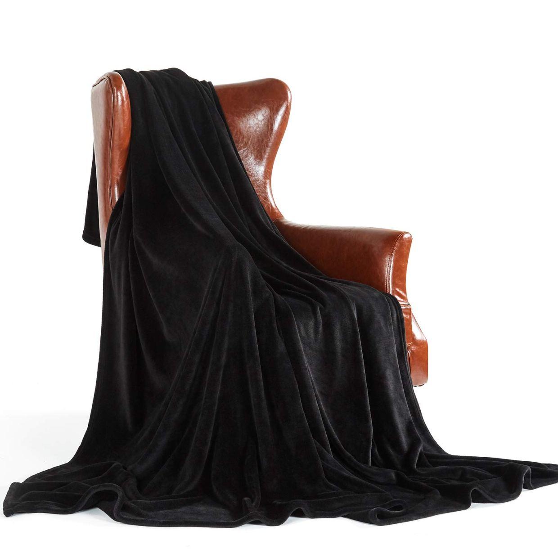 Cubrelecho negro decorativohttps://amzn.to/2EfxeqN