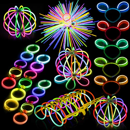 FUN LITTLE TOYS Glow Sticks Bulk 200 8' Glowsticks and 300 Glowstick Connectors (Total 500 PCs 7 Colors) Glow in The Dark for Kids Party Favors