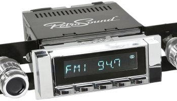 RetroSound HC-111-04-74 Hermosa Direct-Fit Radio for Classic