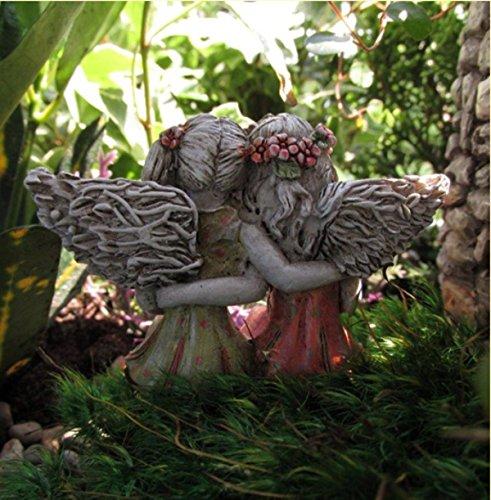 Miniature-Fairy-Garden-Best-Friends