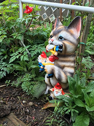 GARDEN-GNOME-STATUE-Cat-massacre–funny-Knomes-sculpture-figurines-Art-Dcor-Best-Indoor-outdoor-for-Patio-Yard-Lawn-House-or-door–Unique-New-Design-Makes-a-perfect-gifts