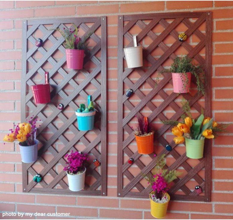vaso porta fiori in metallo
