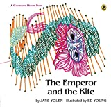 The Emperor and the Kite (Paperstar Book)