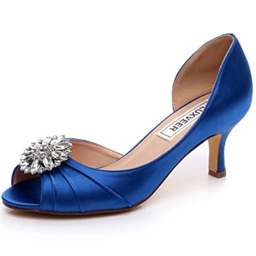 a9b81092b The embellishments add more to the charm of these beautiful blue bridal  shoes. If you are interested in reading further about these great shoes