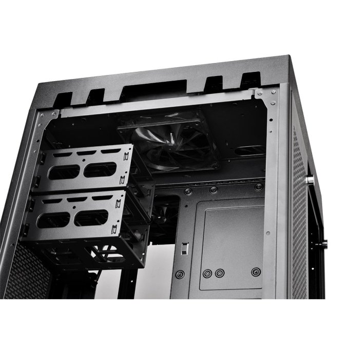 Thermaltake TT Premium The Tower 900 ドライブベイ