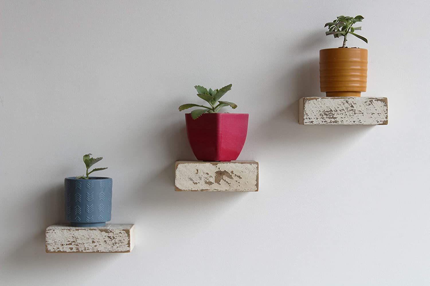 Amazon Com Urban Legacy Small Reclaimed Barn Wood Floating Shelves Set Of 3 Genuine Handcrafted By Amish Artians Rustic Wall Storage For Plants Photos And More White Wash 6 X