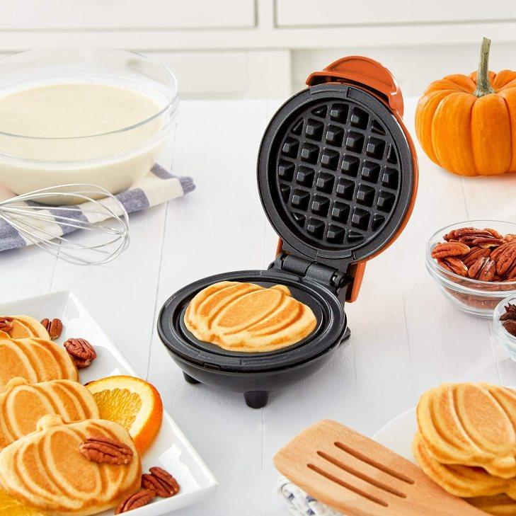 Adorable Pumpkin Waffle Maker - Useful Things to Buy on Amazon