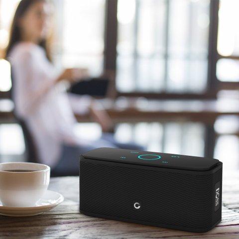 DOSS Bluetoothスピーカーワイヤレススピーカーポータブル人声高忠実度クリア音質12W出力低音強化12時間再生タッチ操作SoundBox