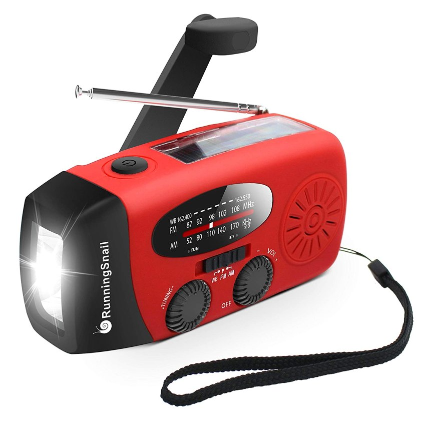 Hand-crank generator - Travel accessories every traveler must have   Ummi Goes Where?