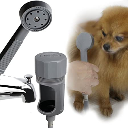 Bathe-your-pets-with-Handheld-Shower-Head