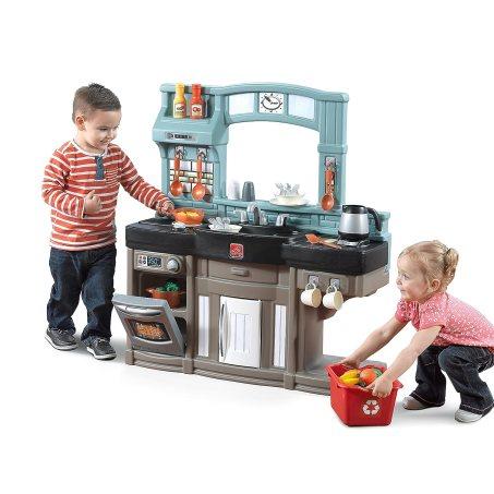 Step2 Best Chef's Play Kitchen Set
