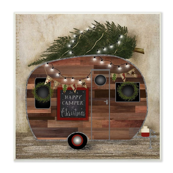 Retro Christmas Camper Wall Art with Lights. Here are some of the best Vintage Christmas Decor Ideas I've found this year. #AbbottsAtHome #ChristmasDecor #ChristmasIdeas
