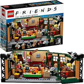 Amazon.com: LEGO Ideas 21319 Central Perk Building Kit (1,070 ...