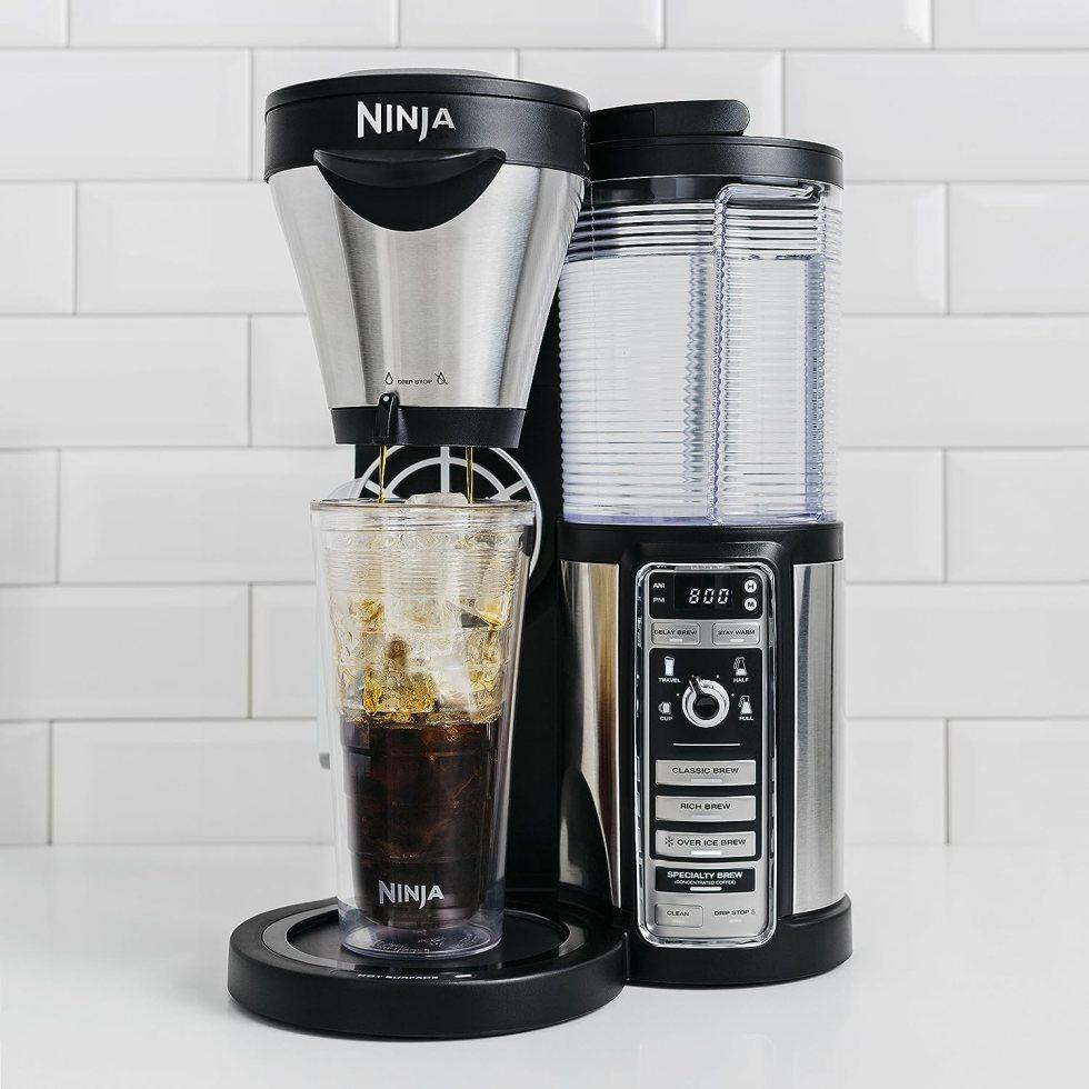 Ninja Coffee Maker for Hot/Iced/Frozen Coffee