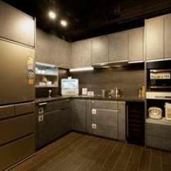 Kitchen Cabinet Stores Wall Hangings 好life 日本廚櫃專門店全新面貌正式登場 Now 新聞 此外 Panasonic廚櫃全部由日本製造 體現最優質標準 符合人體工學的設計 以使用者的體型及使用習慣來打造 另提供多種風格和色調 貼心地按照客人的實際需要提供最