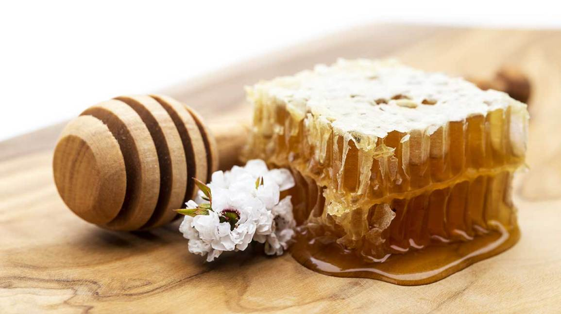 Manuka Honey: Uses, Benefits, and More