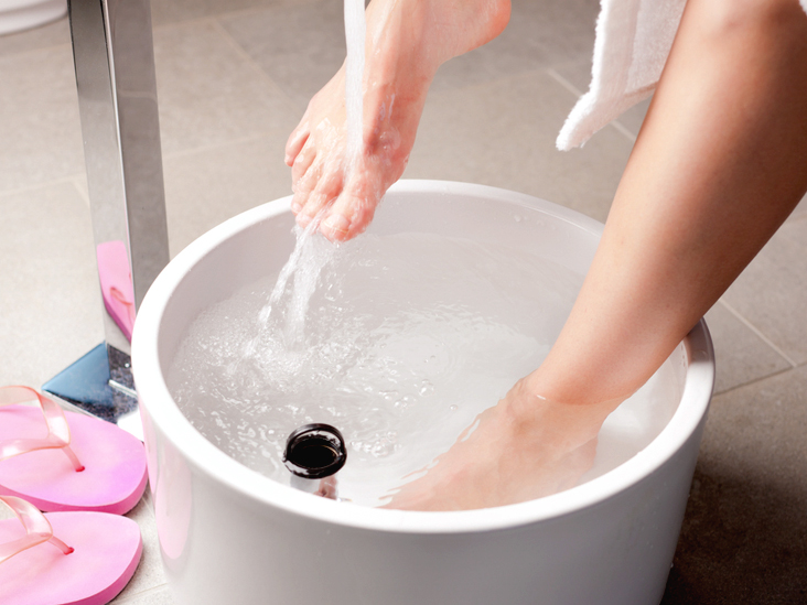 Epsom Salt Detox: Uses, How to Do It, and More