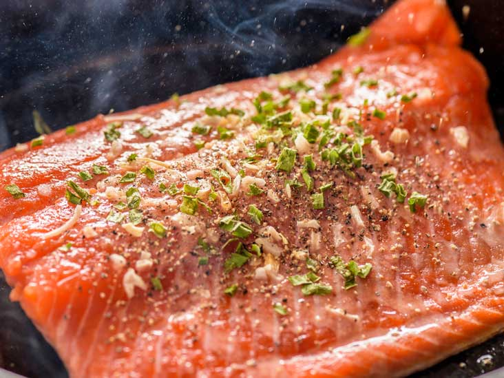 What Is Masago? Benefits and Downsides of Capelin Fish Roe