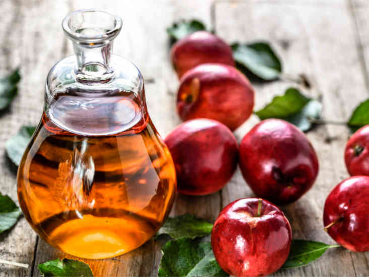 apple vinegar for acne