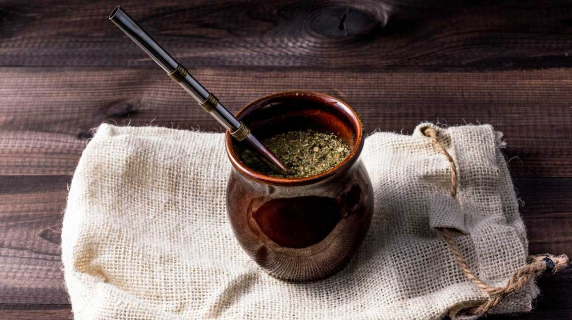8 Health Benefits of Yerba Mate (Backed by Science)