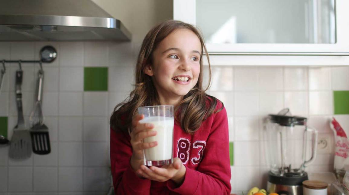 Lactose-Free Milk: How Does It Differ From Regular Milk?