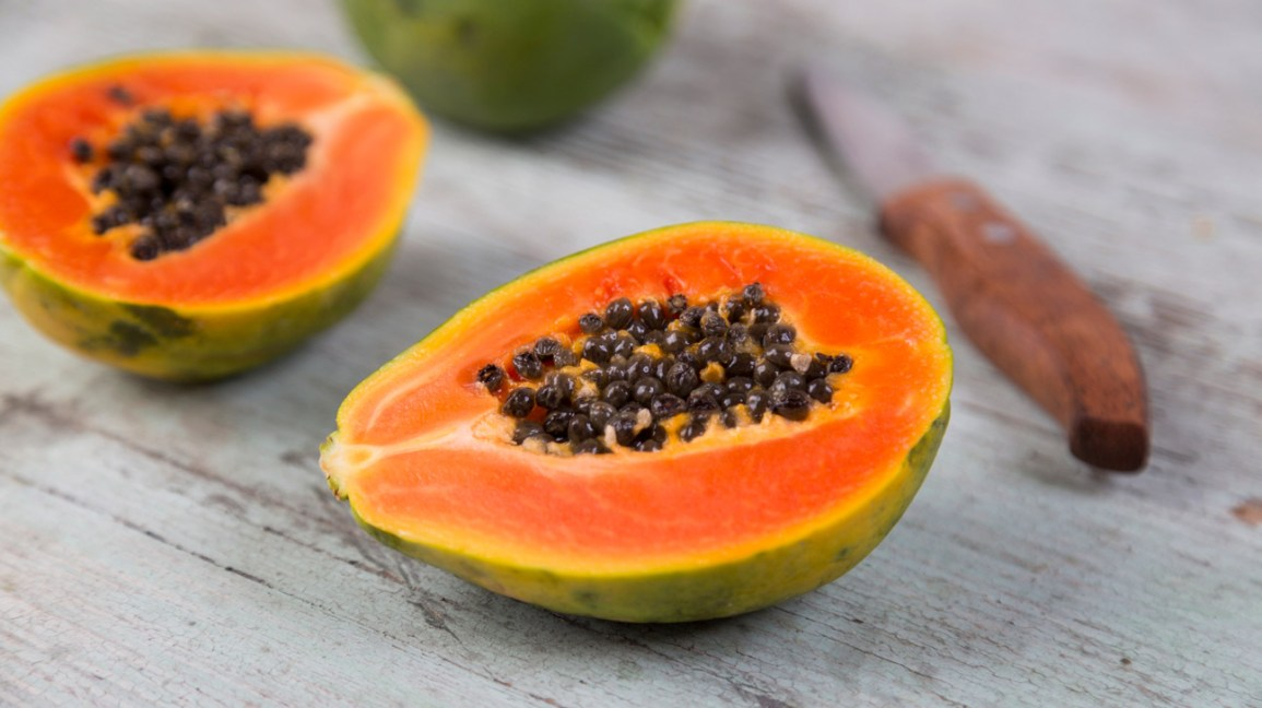 8 Evidence-Based Health Benefits of Papaya