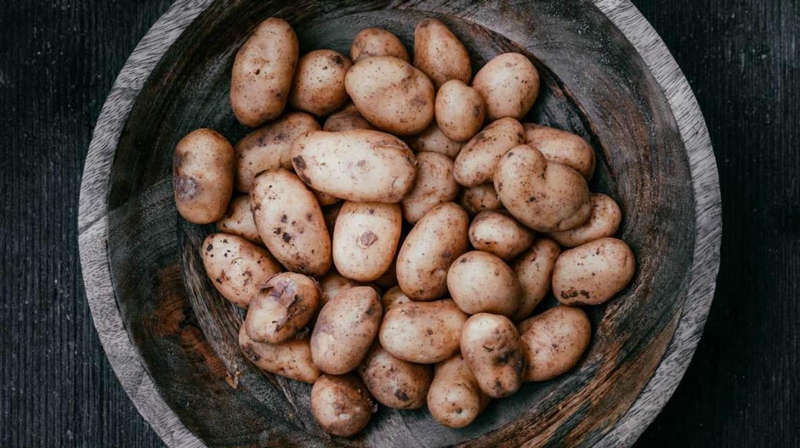Eating Raw Potatoes: Healthy or Harmful?