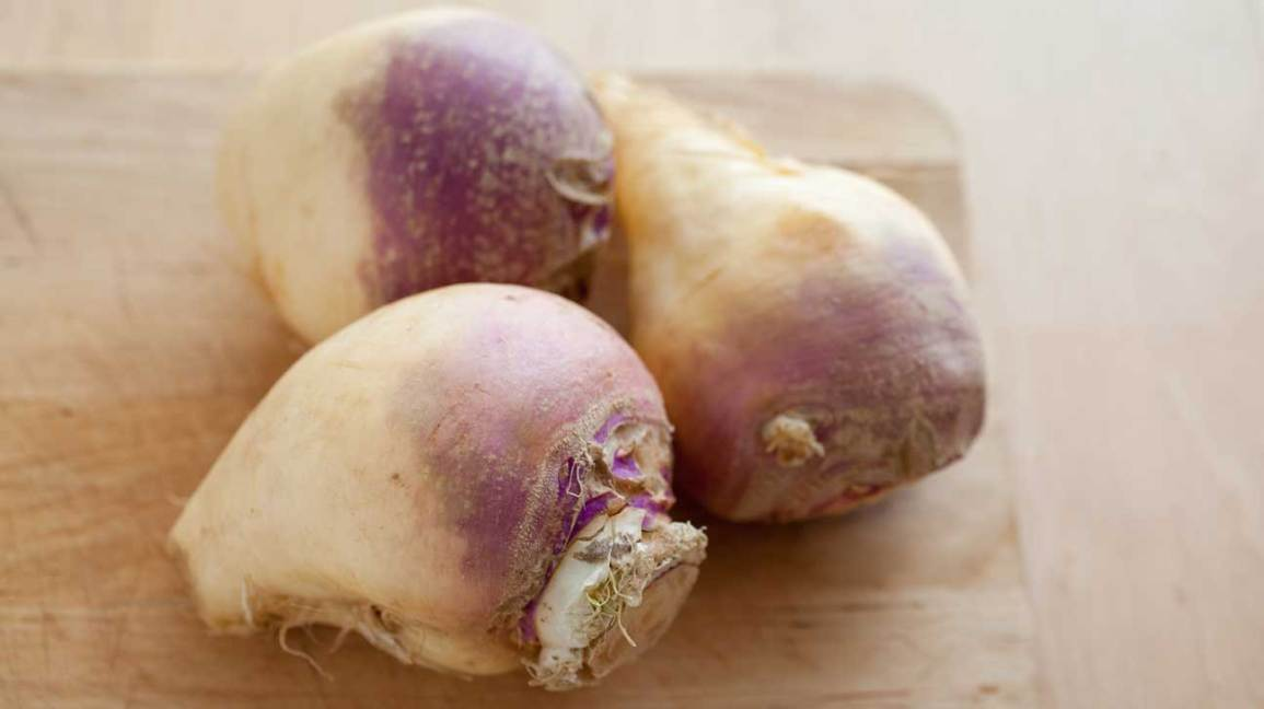 7 Health and Nutrition Benefits of Rutabagas