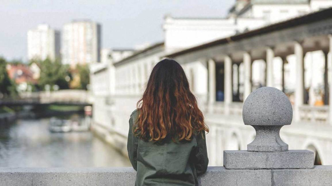 9 Symptoms of Anorexia Nervosa