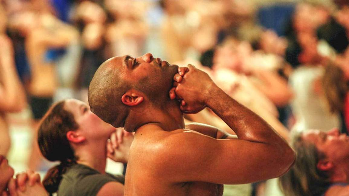 Hot Yoga Is It Super Heated Exercise Or A Health Danger