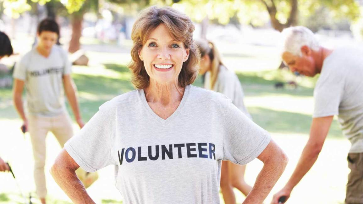 volunteering helps seniors