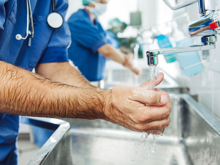 Aseptic Technique: Uses, Benefits, and Complications