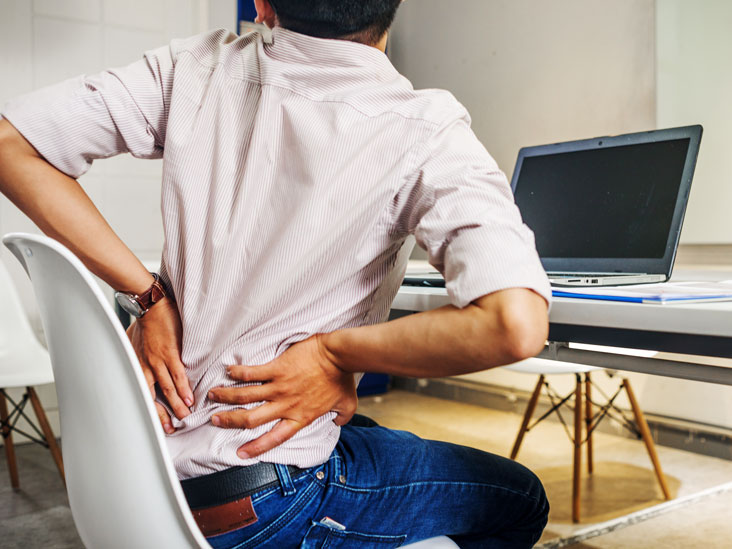 Pressure on back of neck causes dizziness
